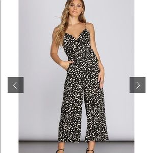 Leopard jumpsuit never worn